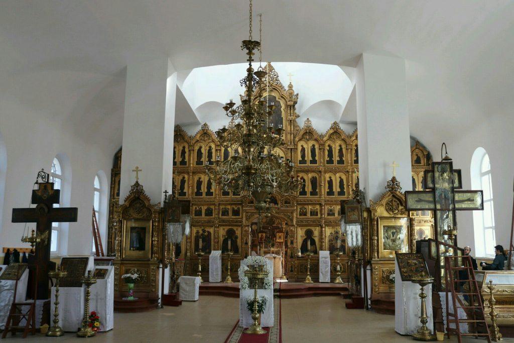 К Пасхе храм преобразился