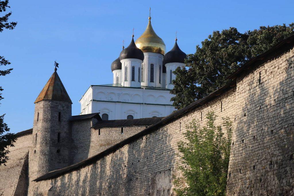 Псково-Печеский монастырь